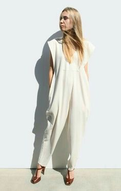 84c2219e7dd4 Jumpsuit Style, White Jumpsuit, Minimal Fashion, White Fashion, Love  Fashion, Fashion