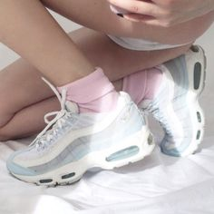 Womens Nike Air Max 95 360 Pink Silver White Shoes