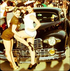 Pin up girls and awesome car.......