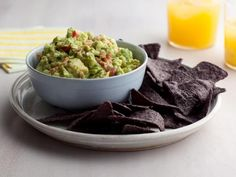 one of the top 50 recipes on food network. Guacamole recipe from Alton Brown via Food Network Salsa Guacamole, Best Guacamole Recipe, Fresh Guacamole, Homemade Guacamole, Holy Guacamole, Salsa Nachos, Guacamole Recipe Food Network, Pomegranate Guacamole, Guacamole Chicken
