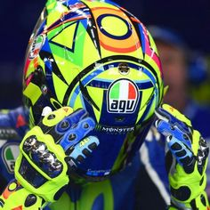 Vr46, 1957 Chevrolet, Valentino Rossi, Motorcycle Gear, Motogp, Football Helmets, Photoshop, Clothes, Motorcycles