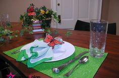 Tablescape: Spring Tablesetting with Butterflies