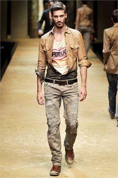 djordje bogdanovic - how to look like a bum dragged in oil Runway Fashion, Fashion Show, Mens Fashion, Fashion Design, Casual Trends, Men Casual, Denim Shirt Men, Country Fashion, Well Dressed Men