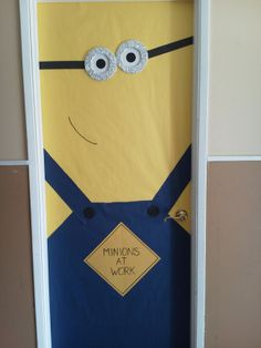Minion door decor