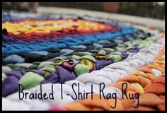 finally a good tutorial!  Friday Project: Braided T-Shirt Rag Rug - Do Small Things with Love