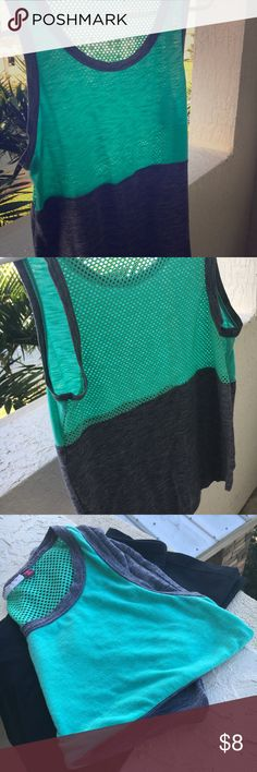 Gray/Green Tank Size Small Perfect Workout Tee Gray/Green with mesh back size small Tops Tank Tops
