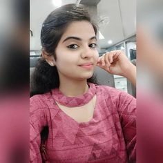 featured by 👉 👉 👉 👉 the page 👉Turn on post notification 👉Like the… Desi Girl Image, Lovely Girl Image, Beautiful Girl Photo, Cute Girl Photo, Beautiful Girl Indian, Girl Photo Poses, Girls Image, Girl Photos, Stylish Girls Photos