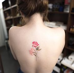 Florals on back by Hongdam