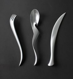 Fluid, elegant tools for the table.  Lanting Cutlery by Lawrence Guo