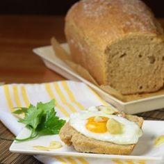 Spelt bread with egg