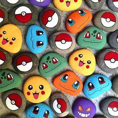 Para un cumpleaños especial - Pokemon Ideen Pebble Painting, Pebble Art, Stone Painting, Diy Painting, Painting Quotes, Garden Painting, Painting Flowers, Rock Painting Patterns, Rock Painting Ideas Easy