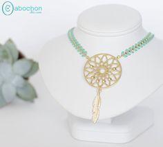 Collier Boho Dream, chaîne épi émaillé Mint et plume : Collier par cabochon-chic