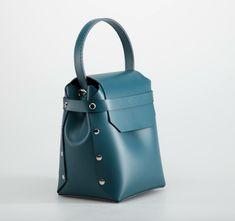 VIS Leather Bag / SmallLeather Bag / Leather Crossbody Bag / Handmade Leather Bag / Bag For Her / Handbag / Leather Bucket Bag / Stylish Bucket Bag
