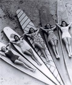 Vintage 1930′s Surfer Girls, Manly Beach, Sidney, Australia