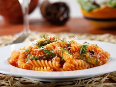 It's officially #fall! Kick it off and spice it up with a #GlutenFree recipe everyone can enjoy: Barilla Gluten Free Rotini with Asparagus & Romano Cheese in Barilla Spicy Marinara Sauce.
