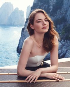 Emma Stone returns for Louis Vuitton's new fragrance campaign for its Heures d'Absence scent. Captured on location in Capri, Italy, the American actress poses against an LV trunk wearing a strapless white top and black … Louis Vuitton, Hollywood Actresses, Actors & Actresses, Emma Stone Red Carpet, Actress Emma Stone, Celebrity Wallpapers, New Fragrances, Beachwear For Women, Pure Beauty