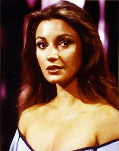 Serina (Jane Seymour) - Battlestar Galactica (Episode Saga of a Star World, Part 3 (First Aired September Jane Seymour, Classic Tv, Classic Beauty, British Actresses, Actors & Actresses, Battlestar Galactica Cast, Kampfstern Galactica, Bond Girls, Hollywood