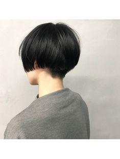 #ジェンダーレスショート Japanese Short Hair, Asian Short Hair, Girl Short Hair, Short Hair Cuts, Medium Hair Styles, Short Hair Styles, Short Hair Hacks, Androgynous Haircut, Short Grunge Hair