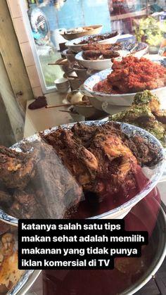 Food N, Food And Drink, Food Qoutes, Snap Food, Current Mood Meme, Food Icons, Indonesian Food, Aster, Typewriter