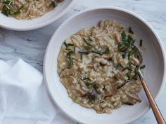 Get Instant Pot Mushroom Risotto Recipe from Food Network Instant Pot Pressure Cooker, Pressure Cooker Recipes, Pressure Cooking, Slow Cooker, Filet Mignon Chorizo, Food Network Recipes, Cooking Recipes, Kitchen Recipes, Cooking Ideas