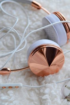 Worth > Cost: Frends Headphones