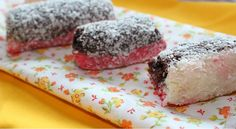 Kokosové suky Eastern European Recipes, Russian Recipes, Food And Drink, Ice Cream, Sweets, Fish, Cookies, Meat, Baking
