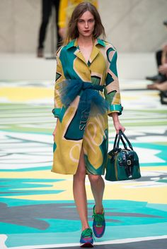 Burberry Prorsum Spring 2015 Ready-to-Wear - Collection - Gallery - Look 1 - Style.com