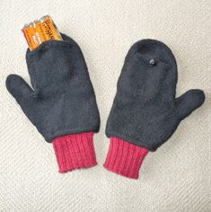 Free Knitting Pattern for Heat Relief Mittens With Pockets - These mittens feature a pocket for inserting air activated handwarmers. Michele Czekala designed these for Raynaud sufferers but anyone who suffers from cold or pain in the winter would benefit from the extra warmth