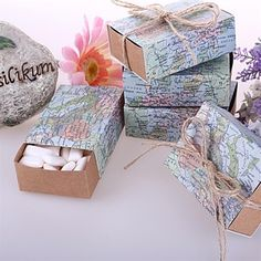 """Around the World"" Map Favor Box (set of 12) – USD $ 7.51"