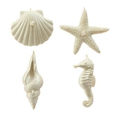 Christmas Tablescape Decor - Decorate a coastal Christmas with beautiful irridescent pearlized white seashells, starfish and seahorse christmas ornaments