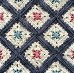 Transcendent Crochet a Solid Granny Square Ideas. Inconceivable Crochet a Solid Granny Square Ideas. Crochet Quilt, Crochet Blocks, Crochet Home, Crochet Motif, Crochet Crafts, Crochet Yarn, Crochet Stitches, Crochet Projects, Free Crochet