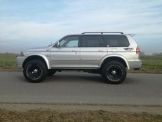 Pajero Off Road, Mitsubishi Pajero Sport, Montero Sport, Suv Cars, Modified Cars, Rally Car, Offroad, 4x4, Jeep