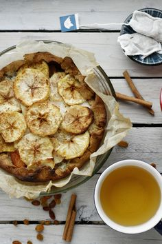 Apple-Fennel Pie   Olyafasolya Fennel Recipes, Herb Recipes, Pie Recipes, Fall Recipes, Healthy Recipes, Healthy Foods, Apple Pie From Scratch, Eat Happy, Pastry Shells