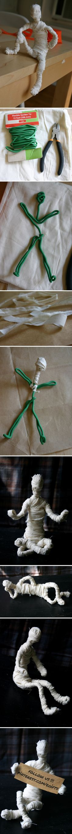 "Movable Mummies -Original Pinner said: ""I like to come up with funny & original Halloween crafts for my kids – this project is super easy and perfect if you're looking for a party activity. Like the Elf on the shelf, but the Mummy at Halloween! Theme Halloween, Halloween Prop, Diy Halloween Decorations, Holidays Halloween, Halloween Crafts, Christmas Costumes, Asylum Halloween, Paper Halloween, Halloween Clothes"