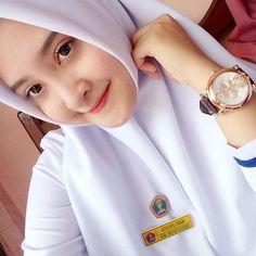Cute Girl Image, Girls Image, Hijabi Girl, Girl Hijab, Indonesian Women, Islamic Girl, Beautiful Hijab, Abaya Fashion, Muslim Women