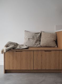 Since early fall I've been so lucky to be working with Kine and Kristoffer on their new Oslo studio. For those of you who isn't familiar with Ask og Eng, let me tell you their story. Kitchen Doors, Ikea Kitchen, Kitchen Interior, Kitchen Design, Studio U, Amber Interiors, Quality Kitchens, First Apartment, Reno