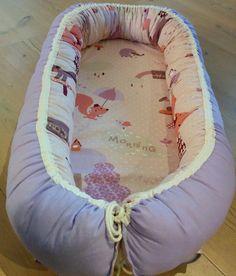 Denne DIY på en babynest kan enten bruges, hvis man har en lille på vej, eller kender nogle der har. Den kunne være en sød barselsgave :)