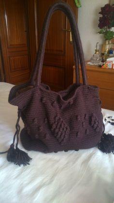 Bolso en lana, color marrón