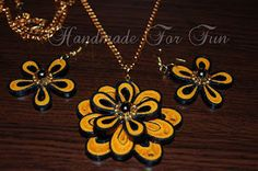 mizzou colors and quilled flowers!!