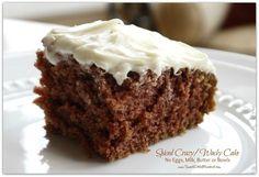 3 cake recipes- Spiced Wacky Cake (also know as Depression Cake) No Eggs, Milk, Butter or Bowls! Chocolate Wacky Cake and Vanilla Wacky Cake Wacky Cake Recipe, Crazy Cake Recipes, Sweet Recipes, Vanilla Recipes, Icing Recipe, Köstliche Desserts, Delicious Desserts, Dessert Recipes, Crazy Cakes