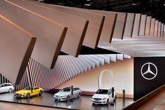 Mercedes-Benz: Silver Flow; Exhibit design; Tradeshow stand