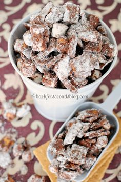 Smores Muddy Buddies - The most delicious and addictive snack ever! #muddybuddies #smores #dessert