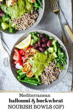 This delicious mediterranean inspired halloumi buckwheat bowl recipe makes an easy, healthy lunch or dinner. Gluten free, sugar free yet full of flavour!