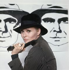 Buy online, view images and see past prices for color camera transparencies of Faye Dunaway from Bonnie and Clyde by Milton Greene. Invaluable is the world's largest marketplace for art, antiques, and collectibles. Milton Greene, Faye Dunaway, Bonnie N Clyde, Warner Bros, View Image, Golden Age, Goddesses, Portraits, Movies