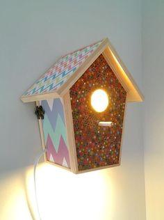 Casa de pájaros/lámpara hecha en madera. de ColorfulWoodStore en Etsy