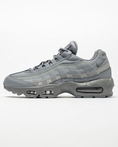 buy online 1f709 9c3dc Nike Air Max 95 Essential   Cool Grey . 2016. 749766-012.