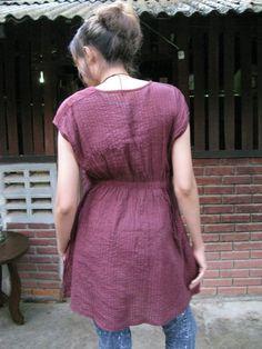 SALE 30 USD-- M030---Nice pleats cotton Blouse