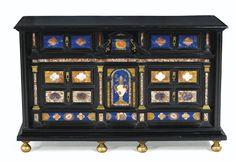 Cabinet en placage d'ébène et marqueterie de pierres dures, travail romain du second quart du XVIIe siècle   Lot   Sotheby's