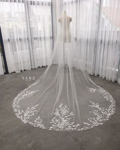 Your place to buy and sell all things handmade Wedding Beauty, Wedding Day, Wedding Things, Wedding Anniversary, Anniversary Gifts, Wedding Stuff, Cathedral Wedding Veils, Flower Veil, Chapel Veil