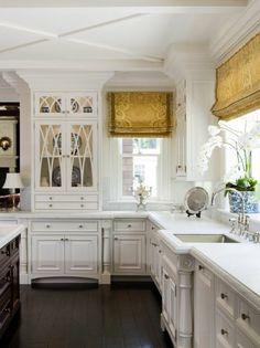 raffrollo f r k che eine praktische dekoration f r die fenster einrichten und wohnen. Black Bedroom Furniture Sets. Home Design Ideas